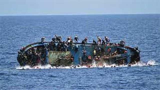 Boat capsizes off Libyan coast