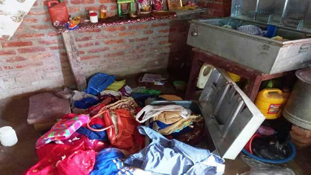 Gonda Thieves blew cash with jewelry
